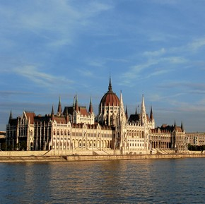 Hungary to launch National Mobile Payment System